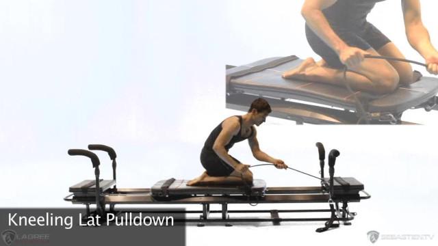 Kneeling Lat Pulldown